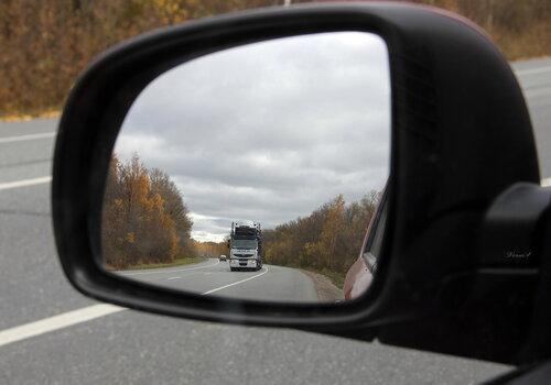 Водители смогут видеть сквозь автомобили