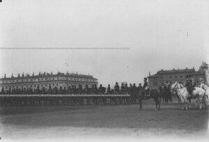 Лейб-гвардии Казачий полк во время парада на Марсовом поле.