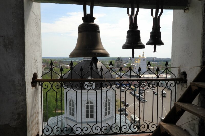На колокольне церкви Живоносного источника