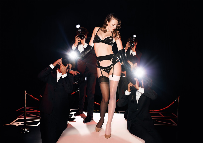 Сексуальные порно фото молодых девочек в нижнем белье 20 фотография