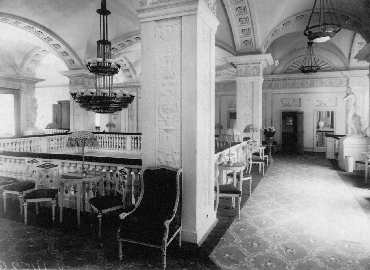 фото большого зала кинотеатра владивосток