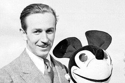 The Walt Disney Company запрещает показывать своего основателя курящим