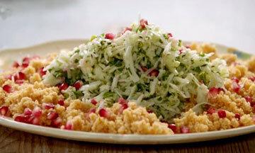 Салат с кускусом и фенхелем