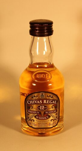 Виски Chivas Regal Aged 12 Years Premium Scotch Whisky