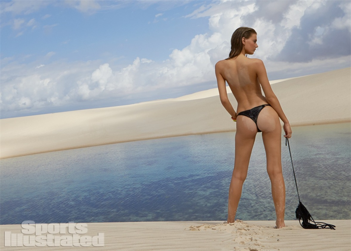 Брегье Хейнен в купальниках Sports Illustrated Swimsuit 2014 - Bregje Heinen by Raphael Mazzucco in Brazil
