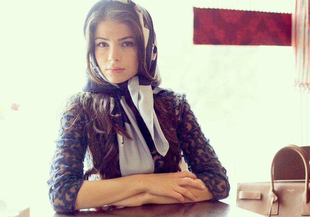 Красивые девушка чеченка нескольки фото