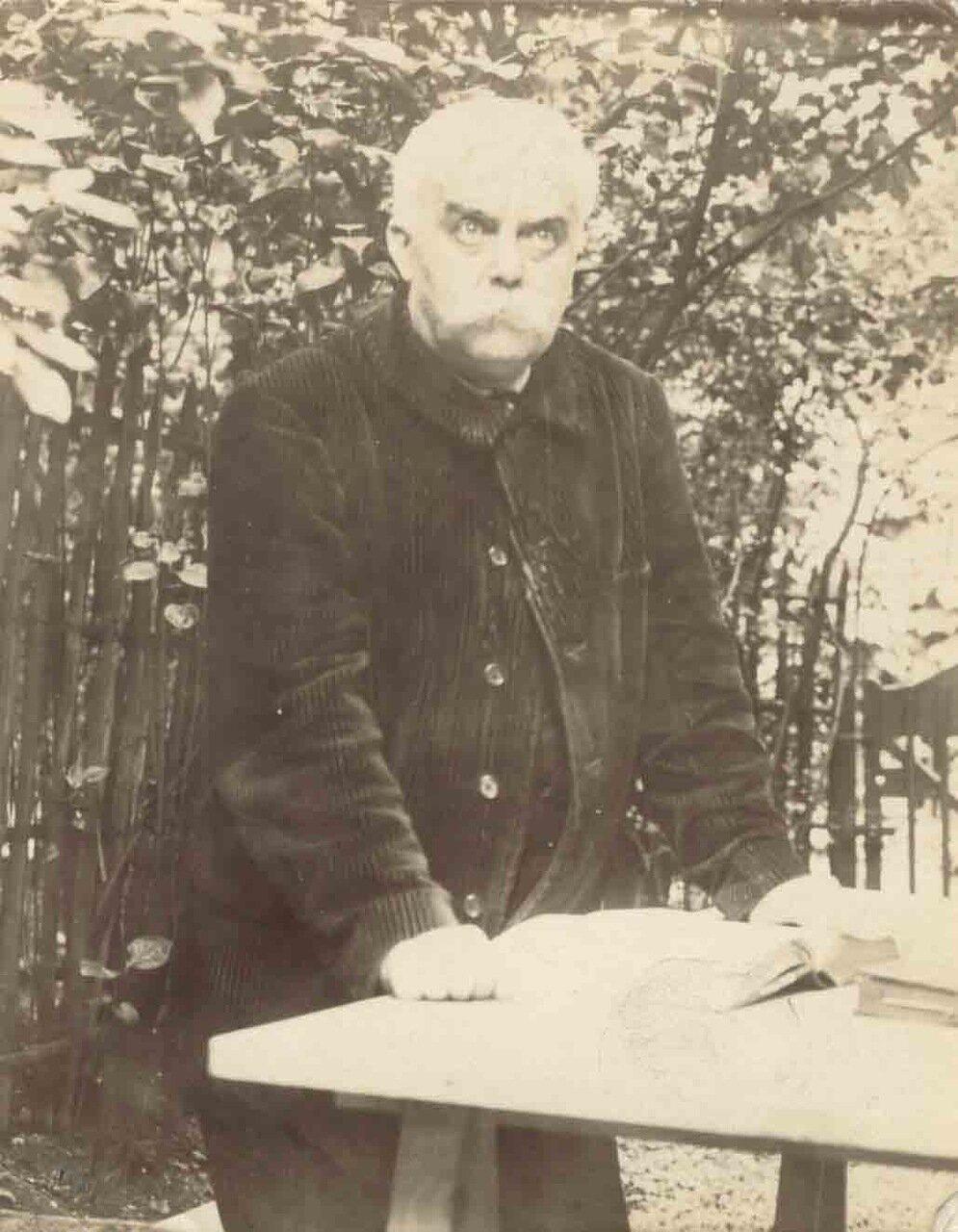 Леон Блуа (11 июля 1846 - 3 ноября 1917), французский писатель