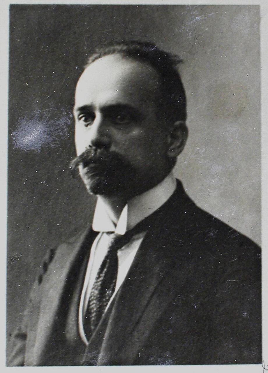 14. а. Профессор Николай Семенович Михельсон