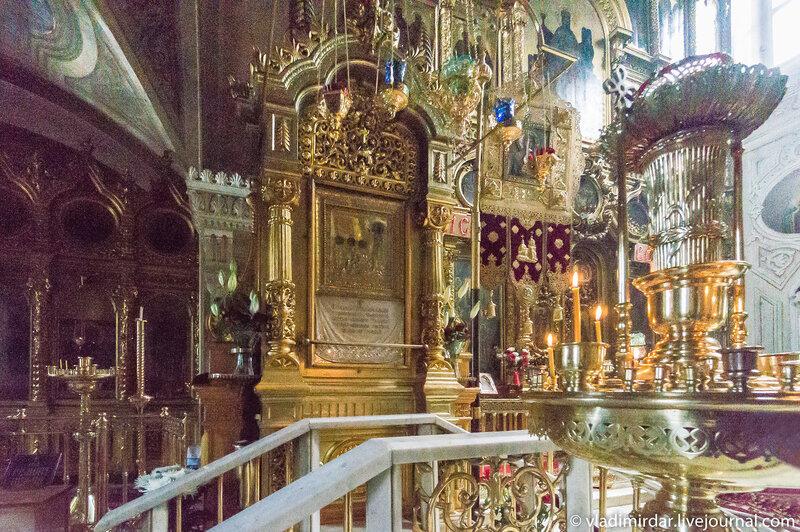 Мощи и икона святого Трифона