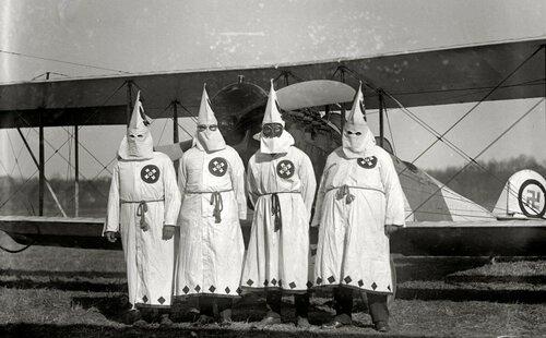 Члены Ку-Клус-Клана. 18 марта 1922 года.