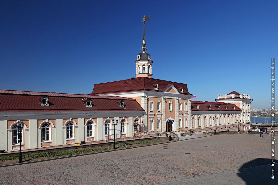 Главное здание Пушечного двора