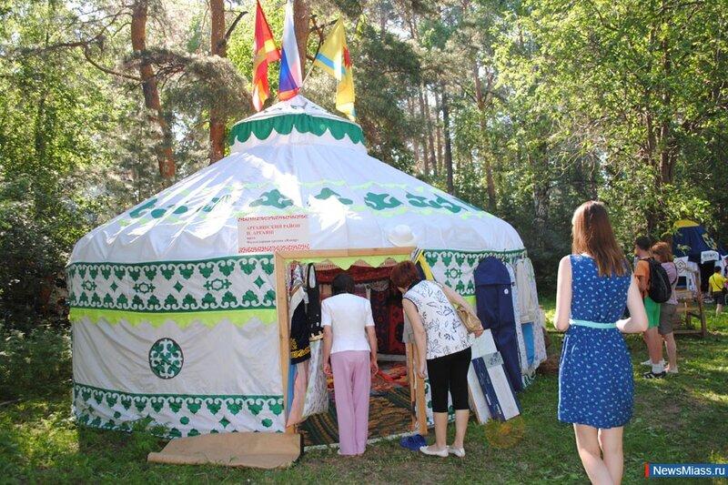 Народные шатры (02.07.2013)