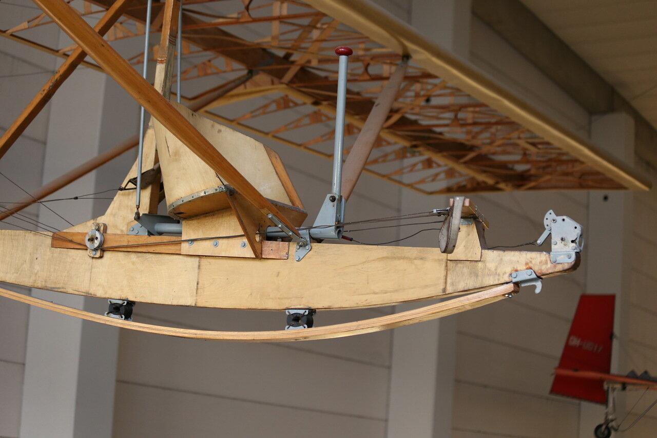 Helsinki-Vantaa Air Museum. Harakka II glider H-65