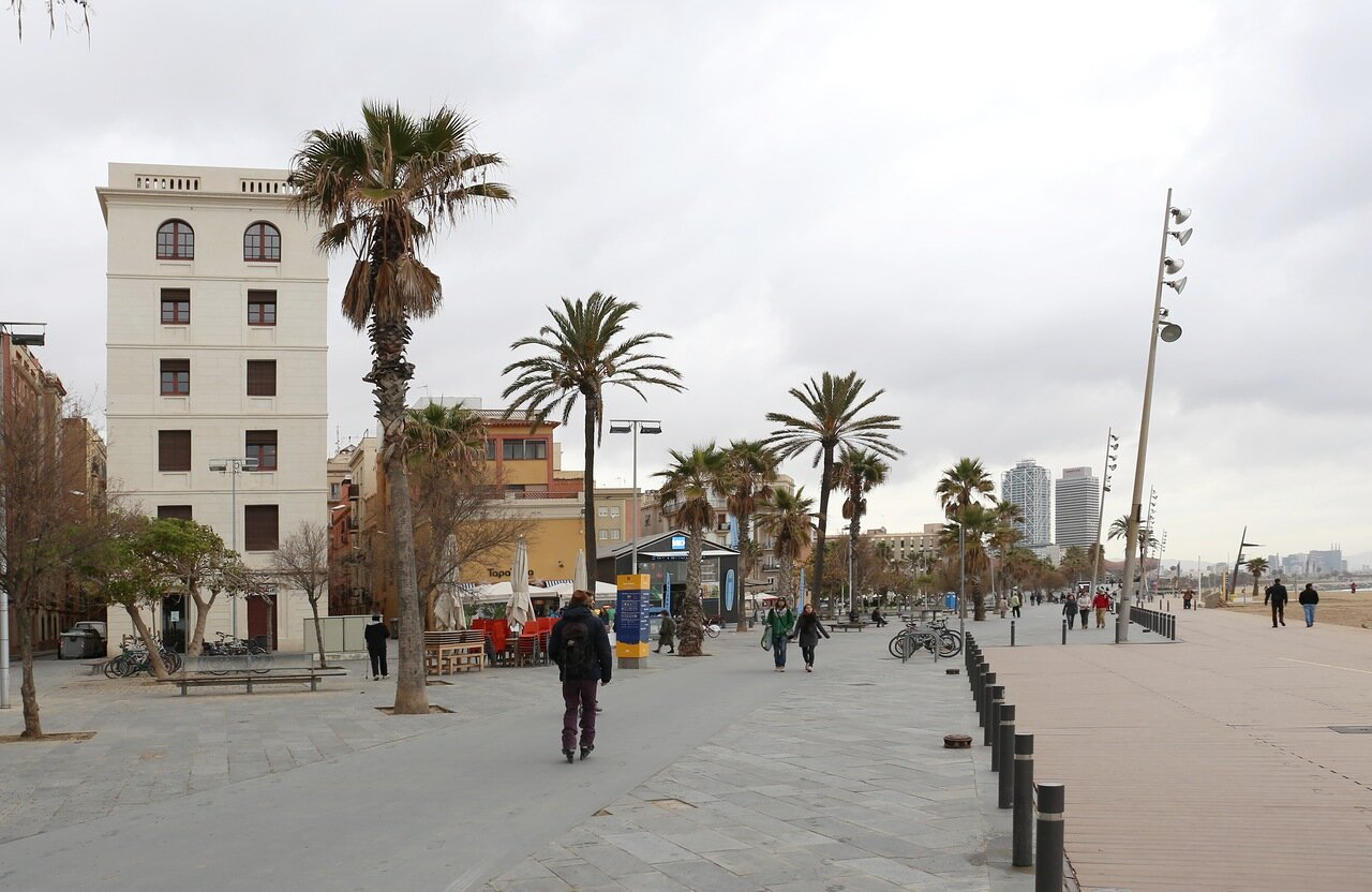 Барселона. Набережная Барселонеты
