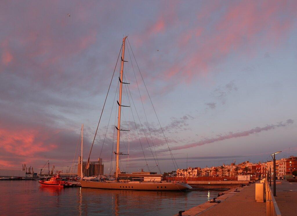 Таррагона. Порт. Puerto de Тarragona