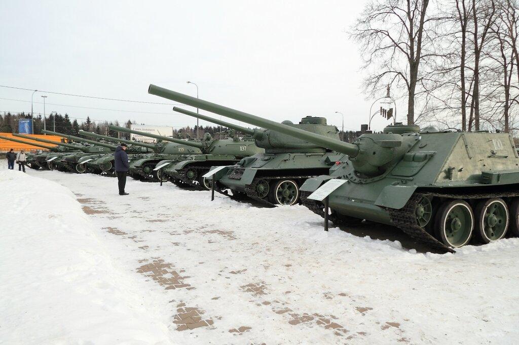 Танковый парк
