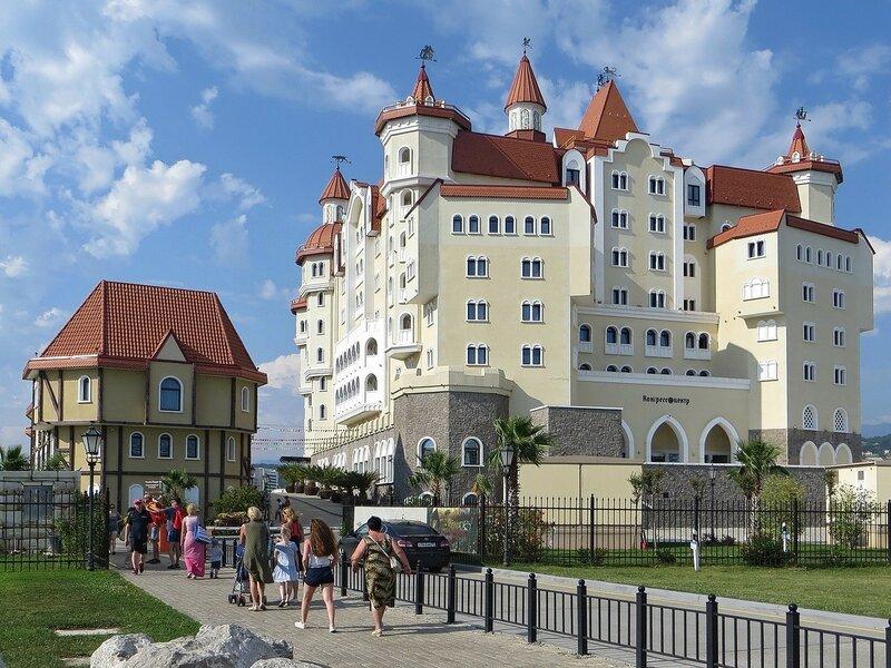 Отель-замок Богатырь