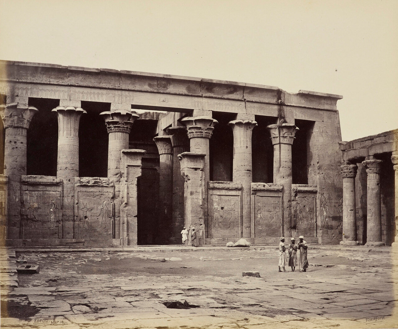 14 марта 1862. Портик храма Гора, Эдфу