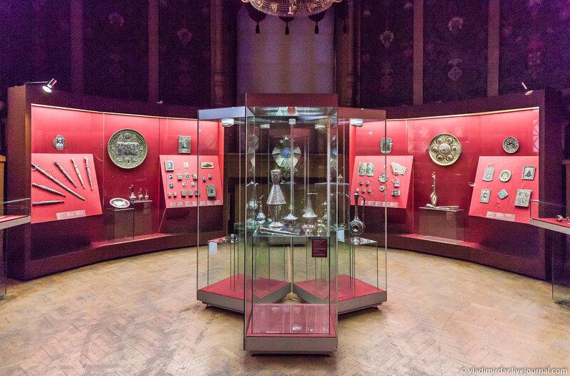 Выставка «Серебряная легенда Кавказа. Манаба Магомедова»