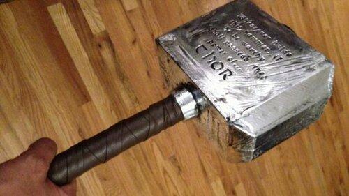 Сколько весит молот Тора