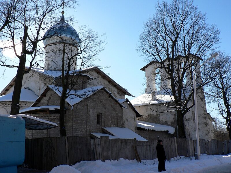 Церковь Богоявления с Запсковья (февраль 2006)