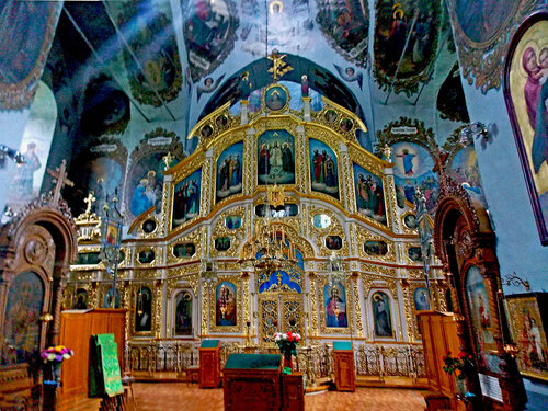 Внутри монастыря. Тоже тайная съёмка