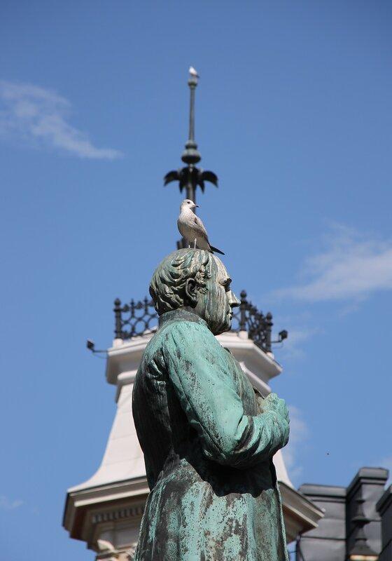 Helsinki, Esplanade. The statue of Johan Ludwig Runeberg
