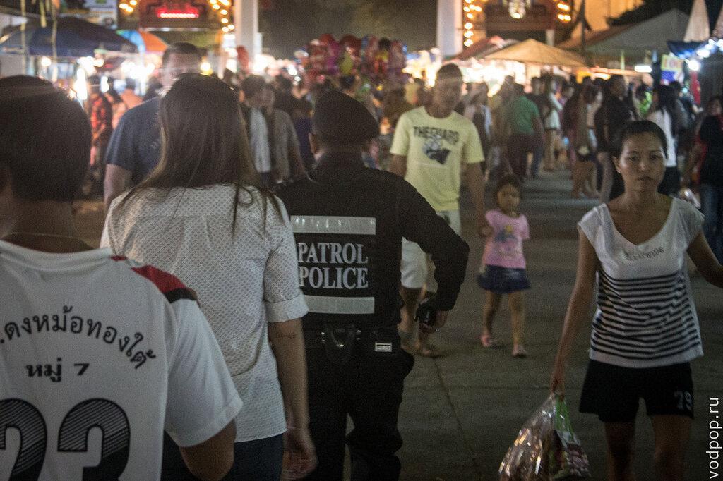 Ежегодная ярмарка в Ват Чалонг на Пхукете
