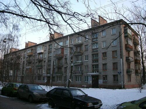 ул. Ленсовета 85