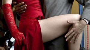 Секс и насилие в телевизоре всё меньше беспокоят британцев