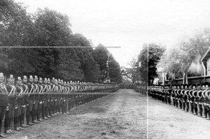 Построение полка по случаю празднования 250-летнего юбилея  .