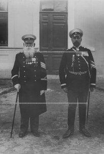 Вахмистры полка (отставной и служащий).