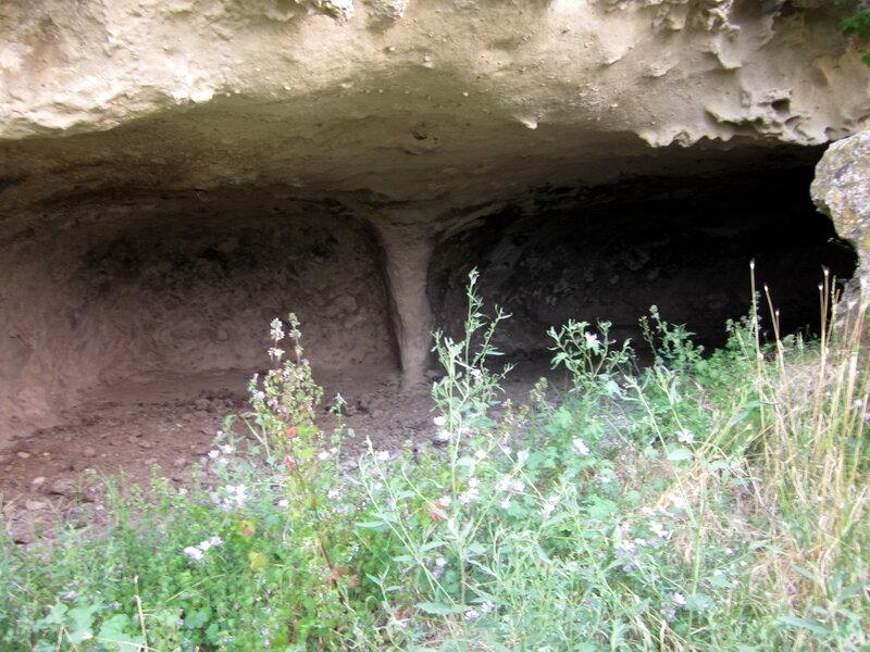 часть пещерной комнаты