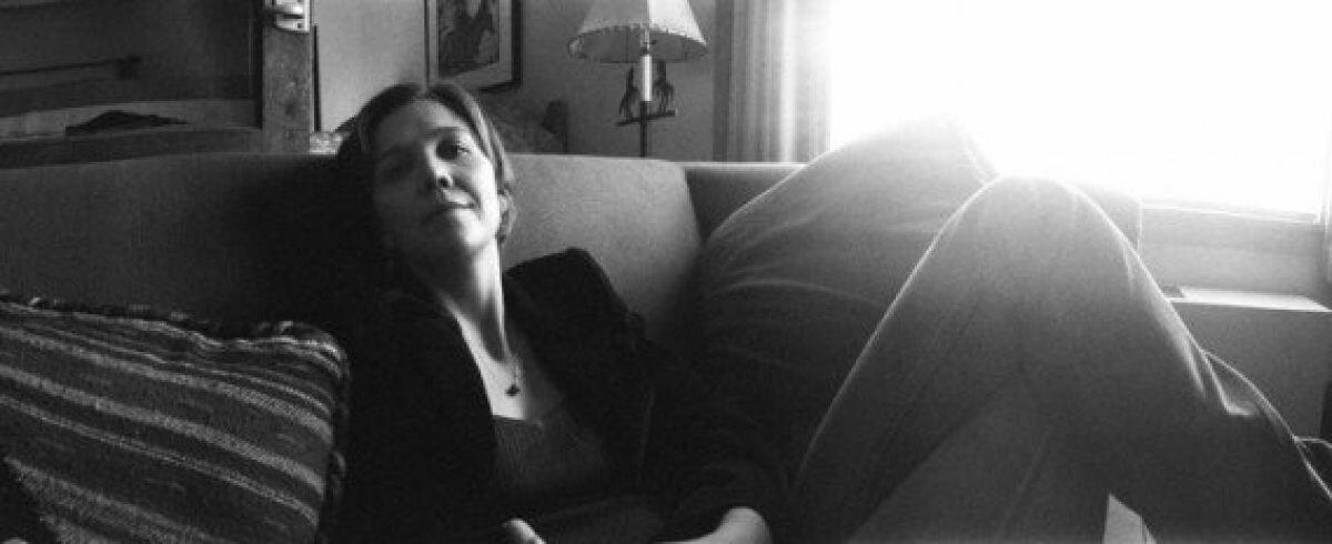 2009. Мэгги Джилленхол отдыхает в перерыве съемок фильма «Сумасшедшее сердце»