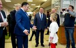 2. Игорь Руденя вручил награды.JPG