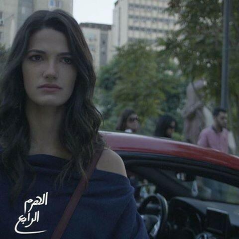Тара Эмад модель