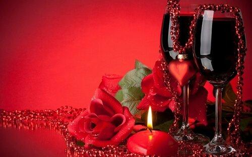 Фужеры, розы и свеча открытка поздравление картинка