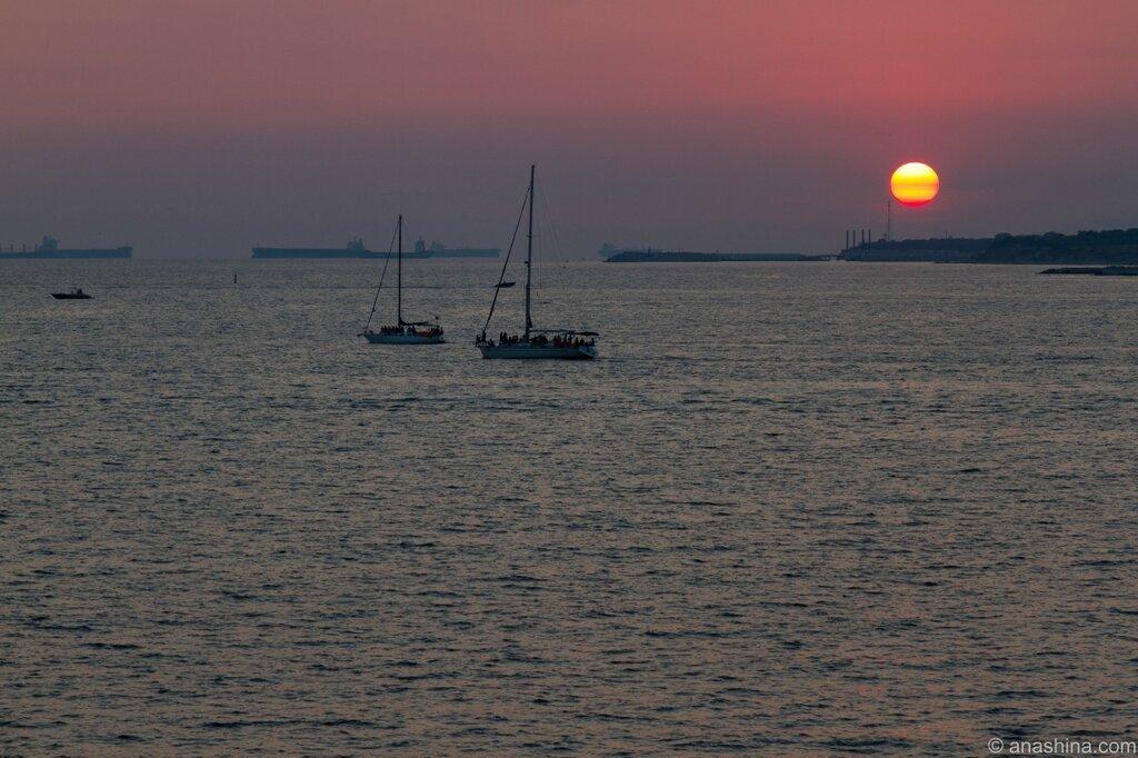 Яхты на закате, Черное море, Геленджик