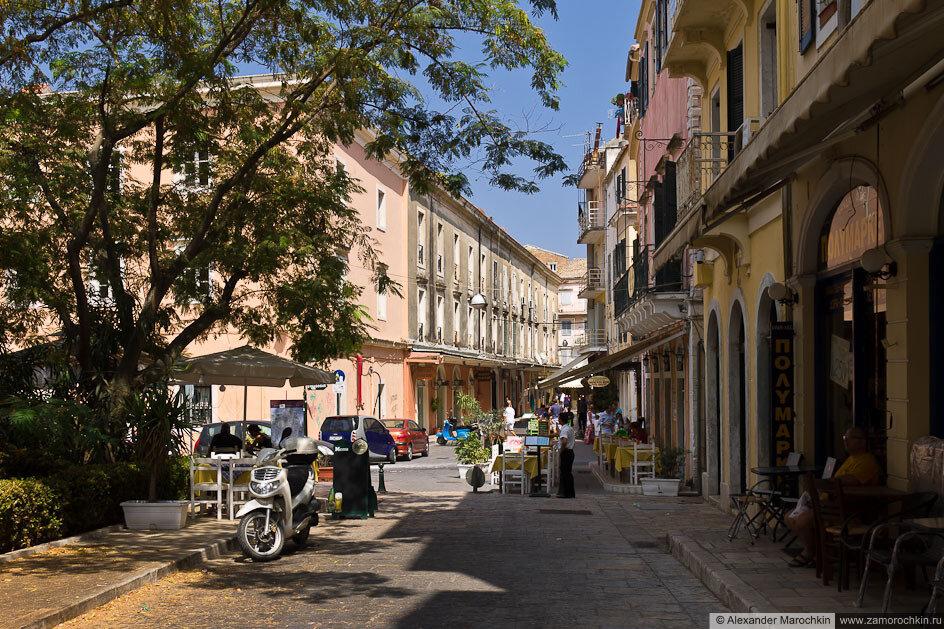 Уютные улочки Керкиры, Корфу, Греция