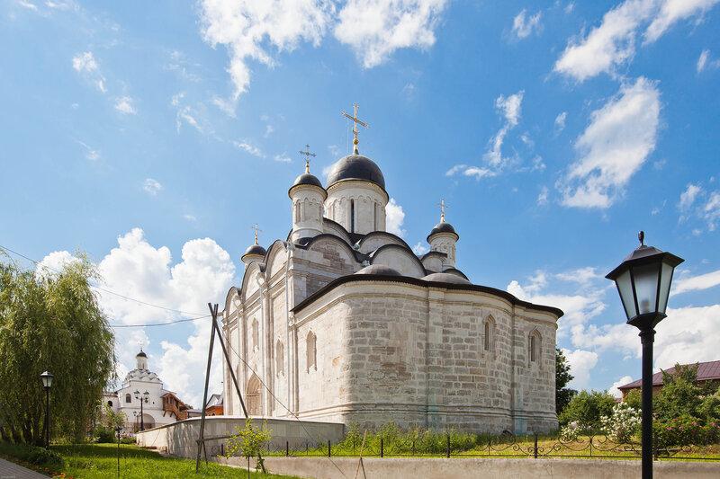 Введенский собор - Введенский монастырь в Серпухове