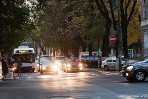 Внимание водители! С 1 ноября в Молдове включаем свет фар