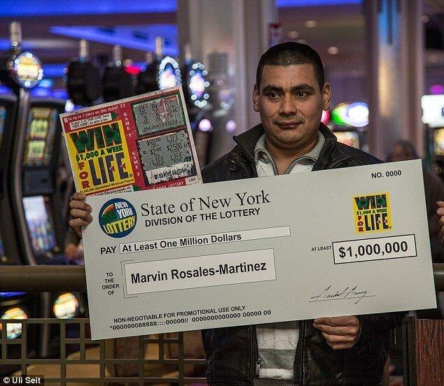 Американец выиграл миллион долларов по найденному лотерейному билету