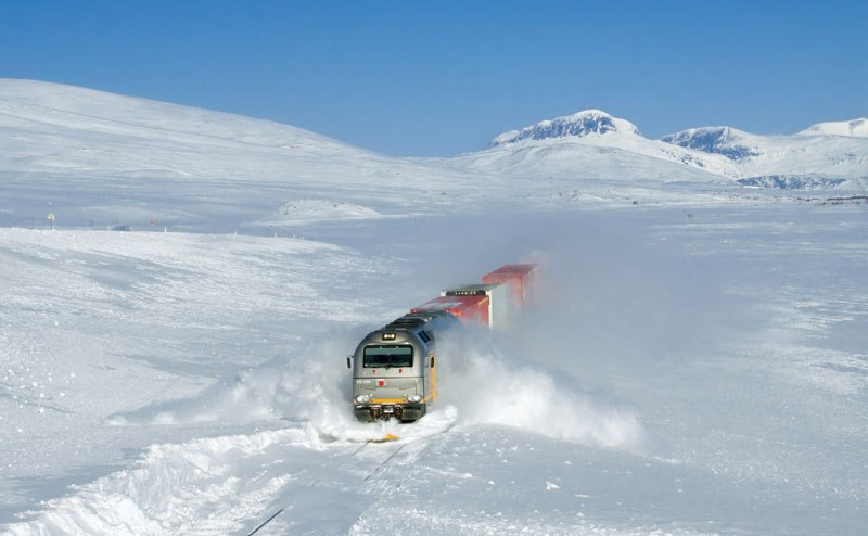 Freight train clears his way plow, Norway
