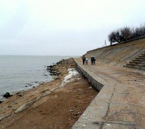 Море, набережная, декабрь
