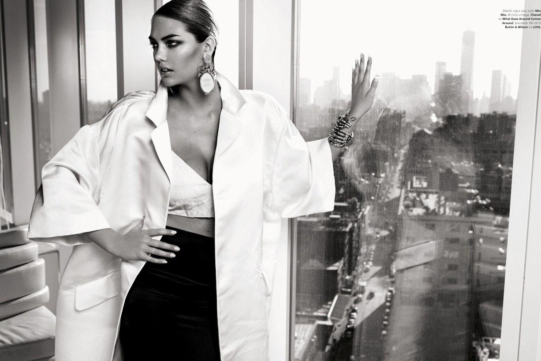 Kate Upton / Кейт Аптон в Vogue Brazil, июль 2013 / фотограф Henrique Gendre