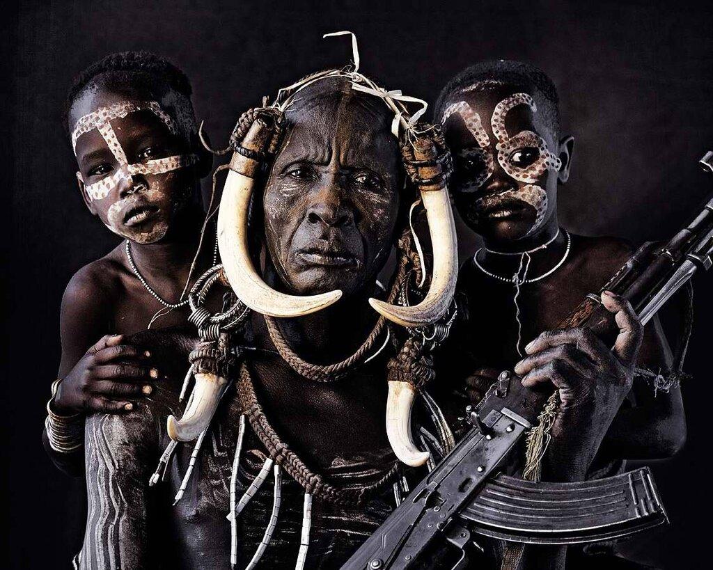 Представители эфиопского племени мурси (1)