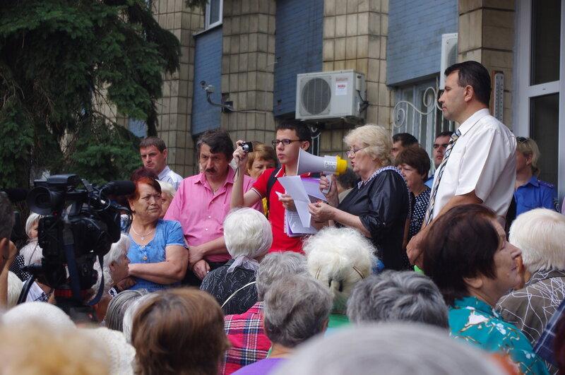 Валерию Гнатенко не давали выступить без очереди