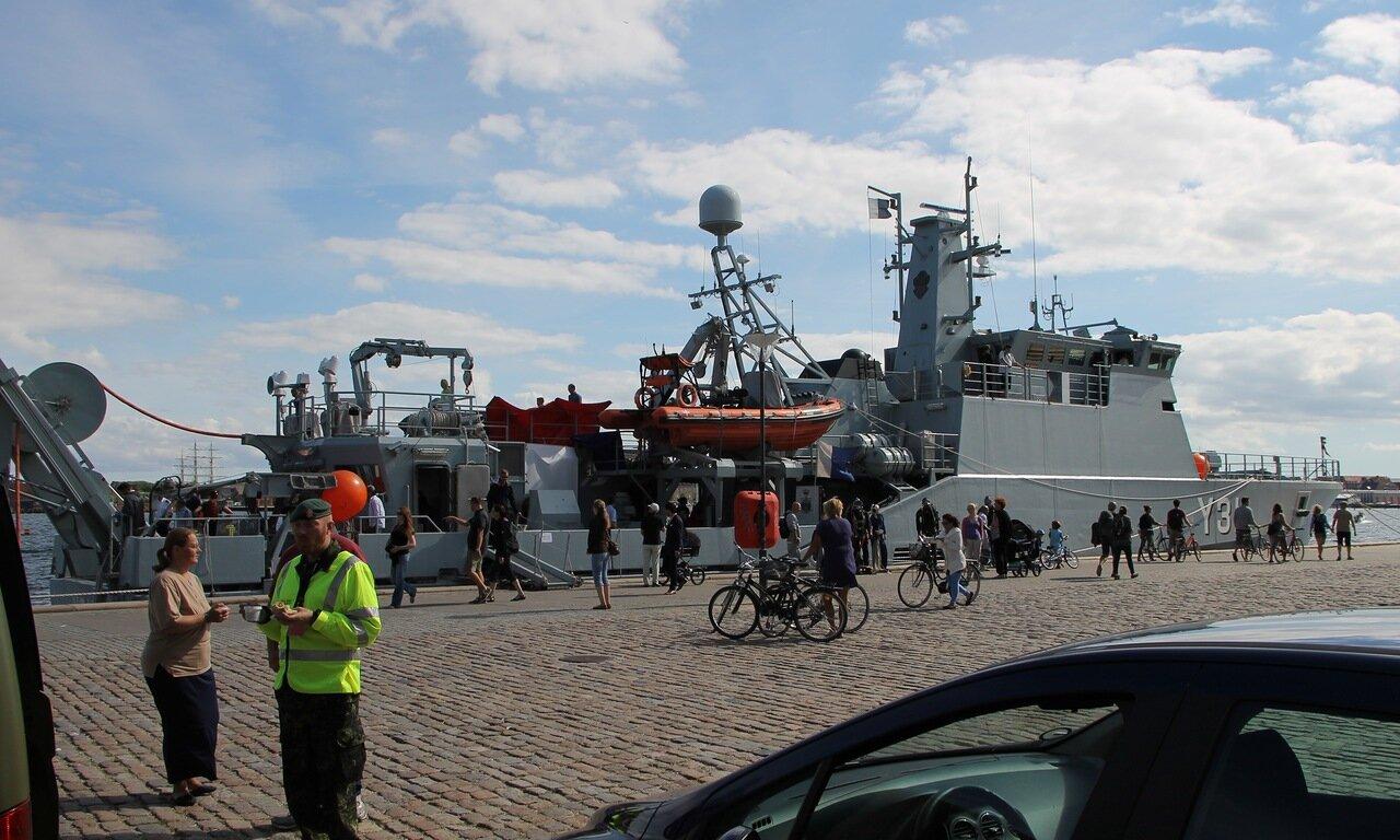 Корабль водолазной службы ВМФ Дании Y311 Søløven