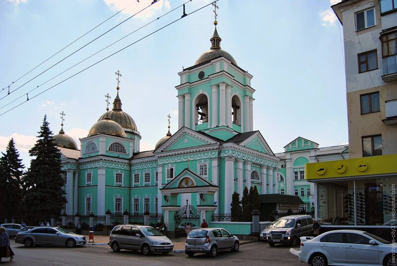Преображенский собор, Белгород, 2013, фото Sanchess