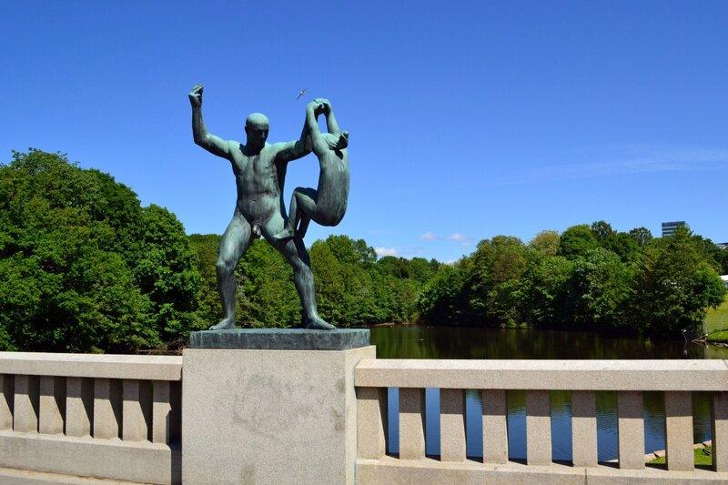 Странные скульптуры Вигеланда